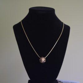 Starhub pendant necklace